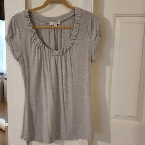 3 for $15! Gray ruched neck banana republic tee
